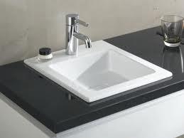 Poser un lavabo encastrer conseil decoration for Pose d un lavabo