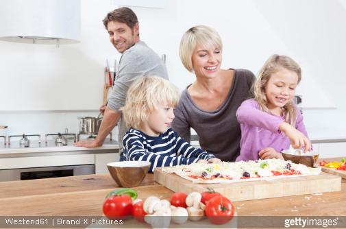 Plan de travail cuisine : 5 bonnes raisons de le choisir en bois massif